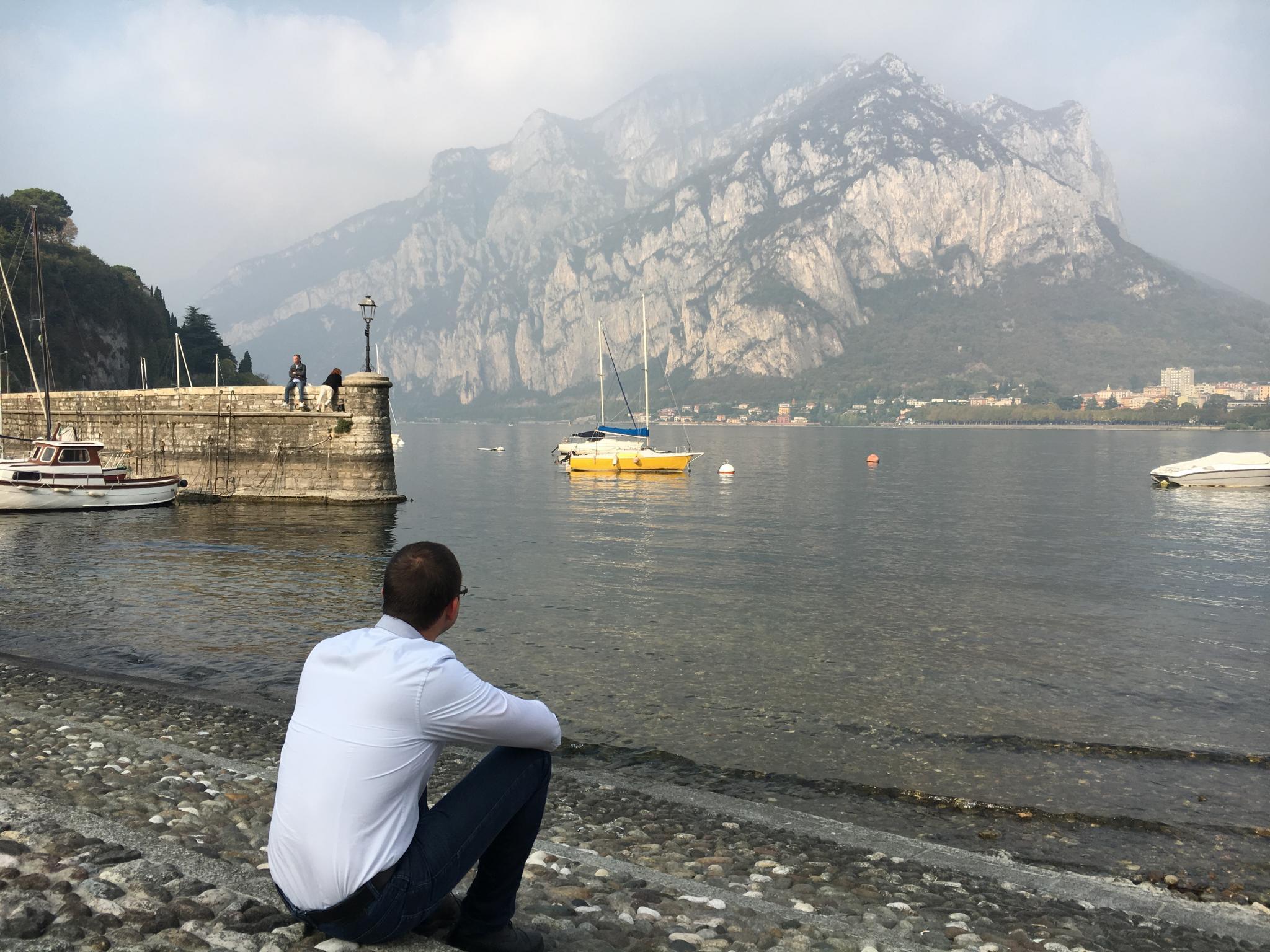 Elmélkedések a Comoi-tó partján